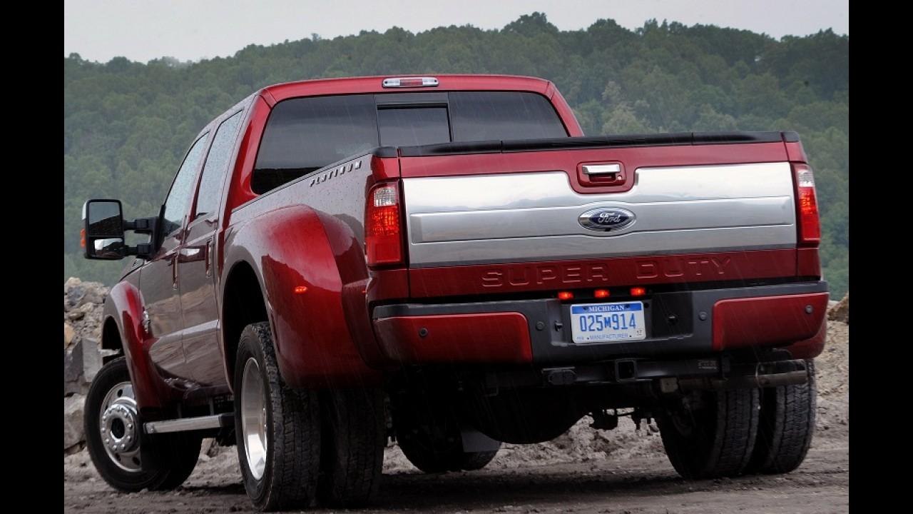 Ford comemora produção de 5 milhões de picapes Super Duty