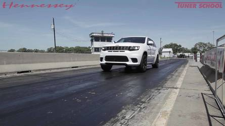 Watch 1,012-HP Jeep Trackhawk Cover A Quarter Mile Very Quickly