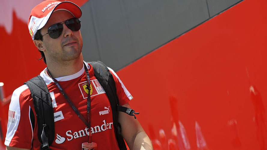 Massa to talk to Alonso after Silverstone clash