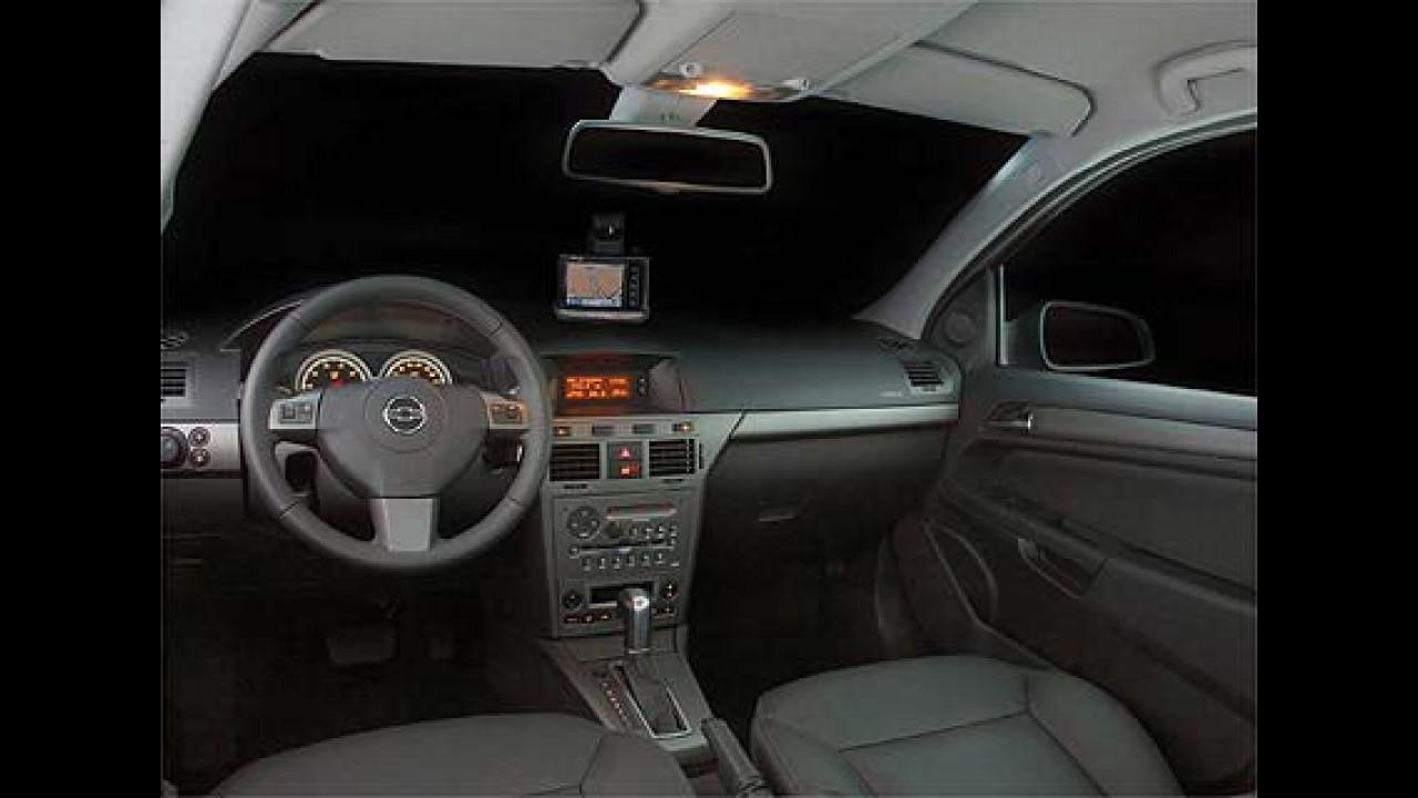 GM lança oficialmente novo Vectra GT a partir de R$ 59.990 e o esportivo GT-X R$ 68.990