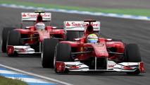 Lauda thinks FIA should punish Ferrari