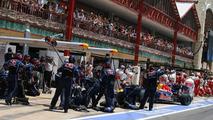 Formula 1 World Championship, Rd 9, European Grand Prix, pit lane