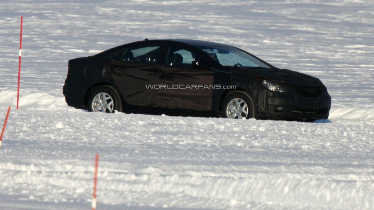 2010 Hyundai Sonata prototype spied on frozen lake