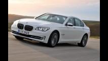 BMW Série 7 ganha face-lift na linha 2012 - Confira primeiras informações e imagens oficiais