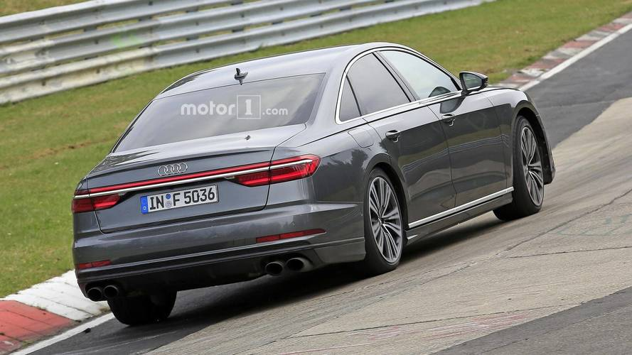 Yeni Audi S8, Nürburgring'de test edilirken yakalandı