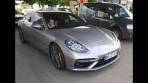 Flagra: Novo Porsche Panamera é pego