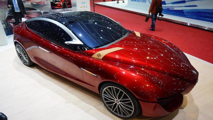 Alfa Romeo Gloria concept shows its curvy lines in Geneva