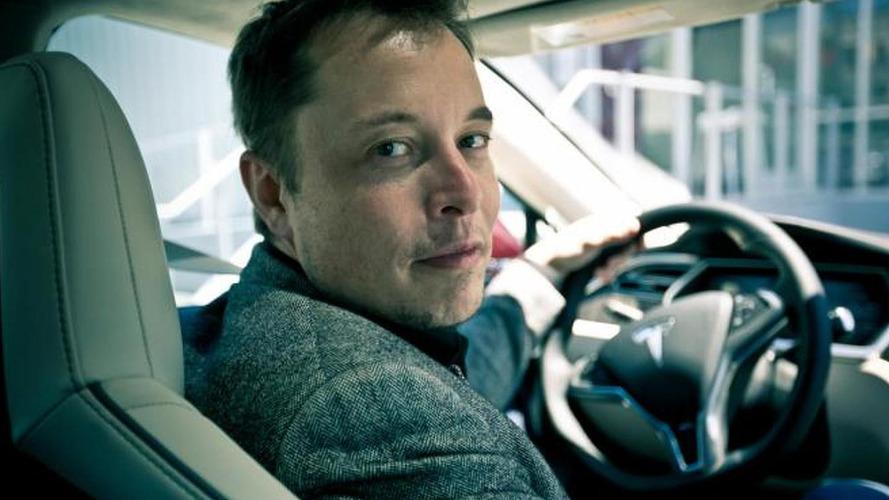 Elon Musk: A 10 év múlva gyártott autók nagy többsége önvezető lesz