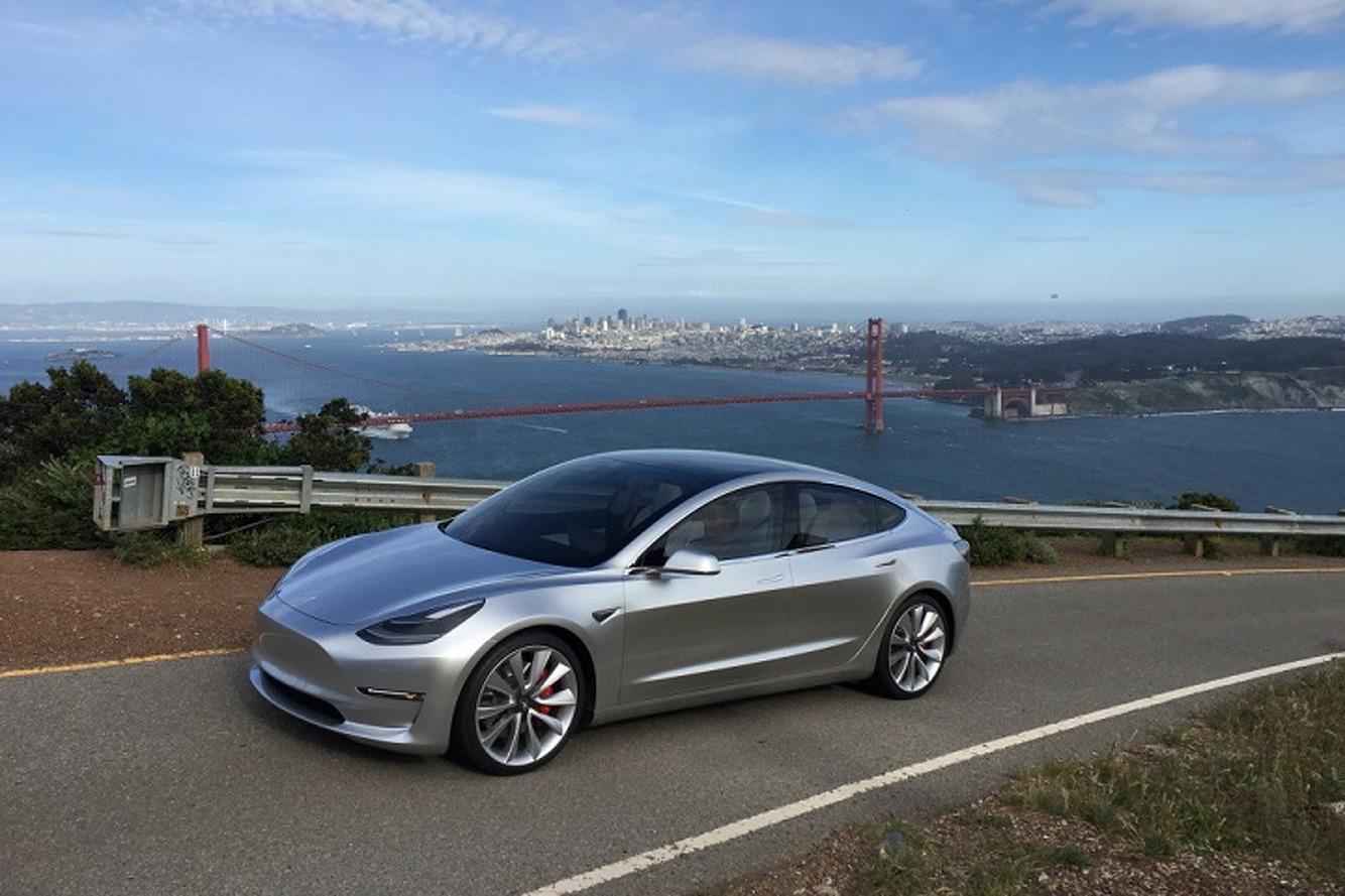 Confirmado para o Brasil, Tesla Model 3 começa a ser produzido no dia 20