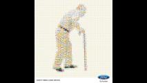"""""""Don't Emoji and Drive"""", Ford contro lo smartphone alla guida"""