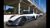 La gamma sportiva Nissan sul circuito di Goodwood