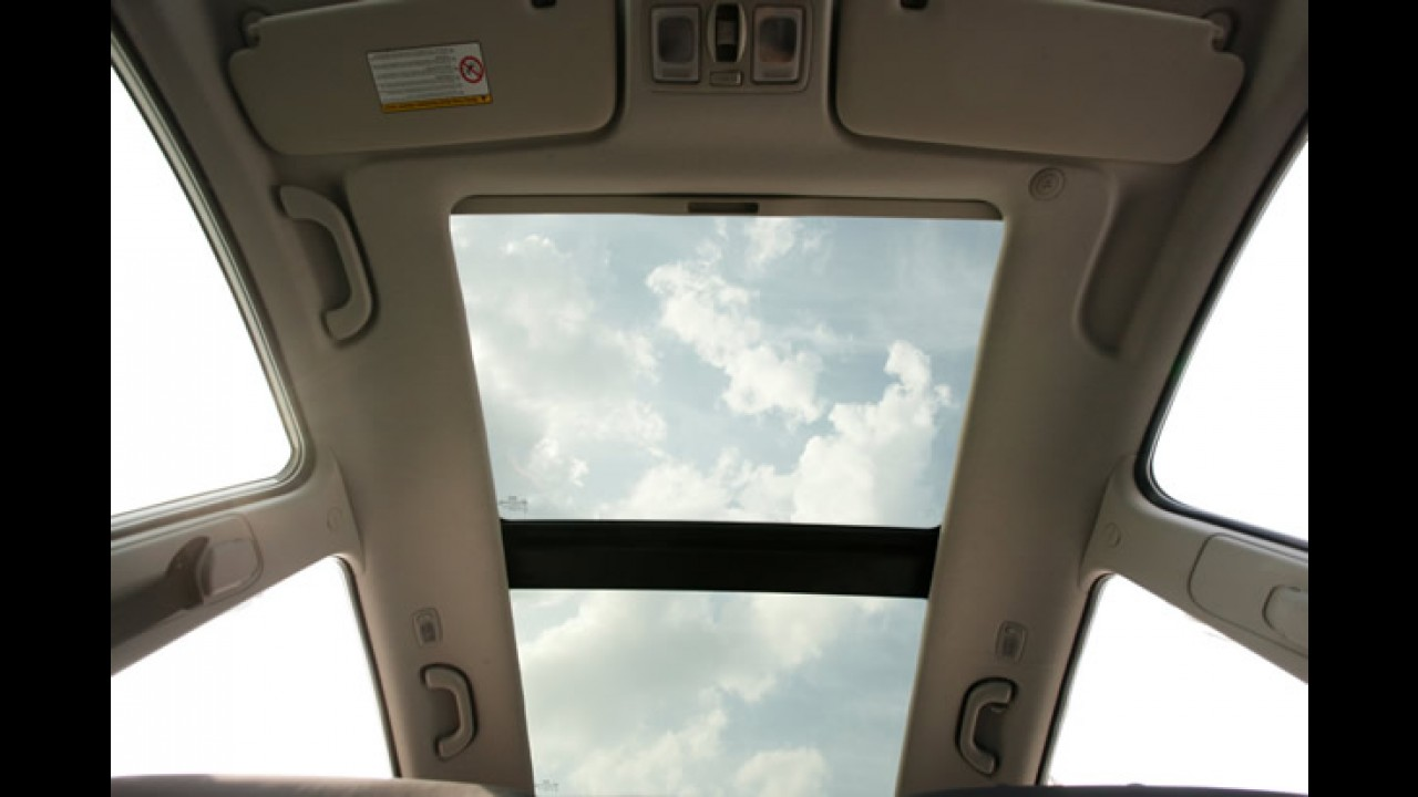 Kia apresenta oficialmente o novo Venga 2010 - Monovolume tem o mesmo porte do Honda Fit