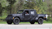 Jeep Wrangler Pick-up yeni casus fotoğrafları