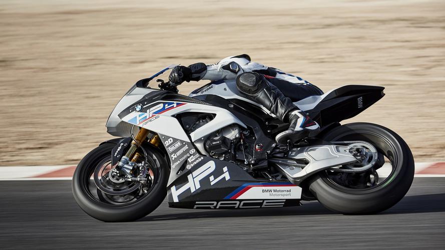 BMW HP4 Race, tam bir karbon fiber şöleni
