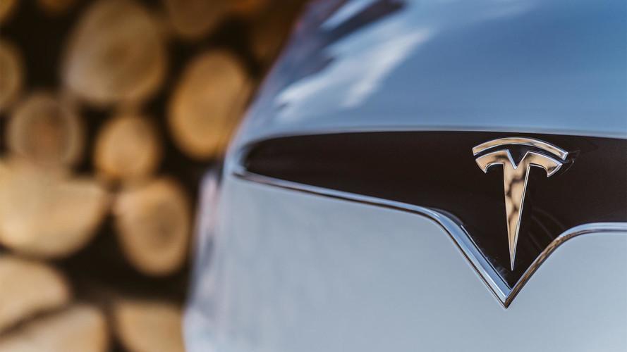 Tesla lève 1,8 milliard de dollars pour sa Model 3