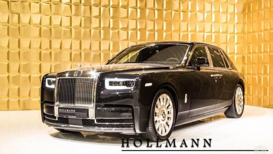 Két hónapja gyártják, de van, aki már eladna egy új Rolls-Royce Phantomot