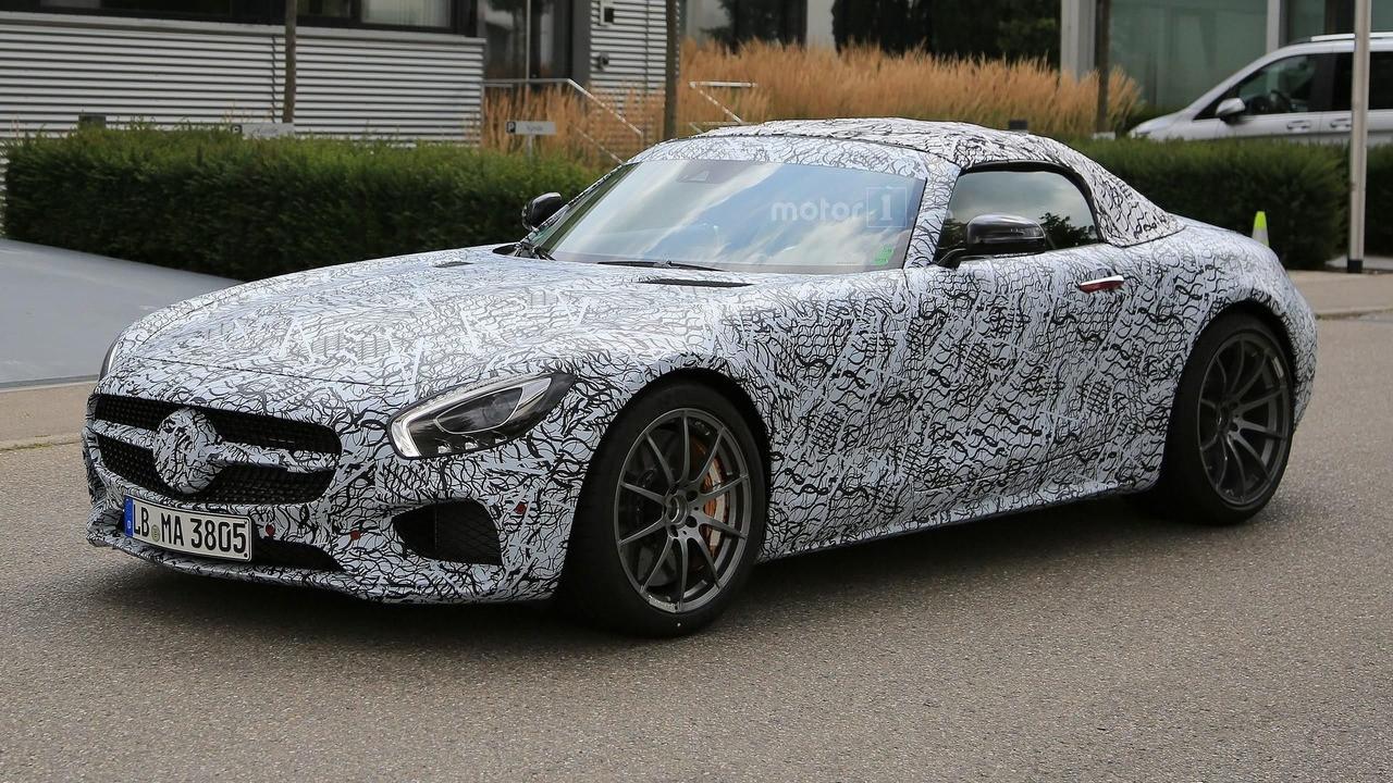 Mercedes-AMG GT C Roadster teased 001