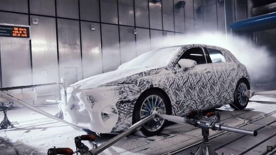 Mercedes, 2018 A Serisi'nin kış test videosunu yayınladı