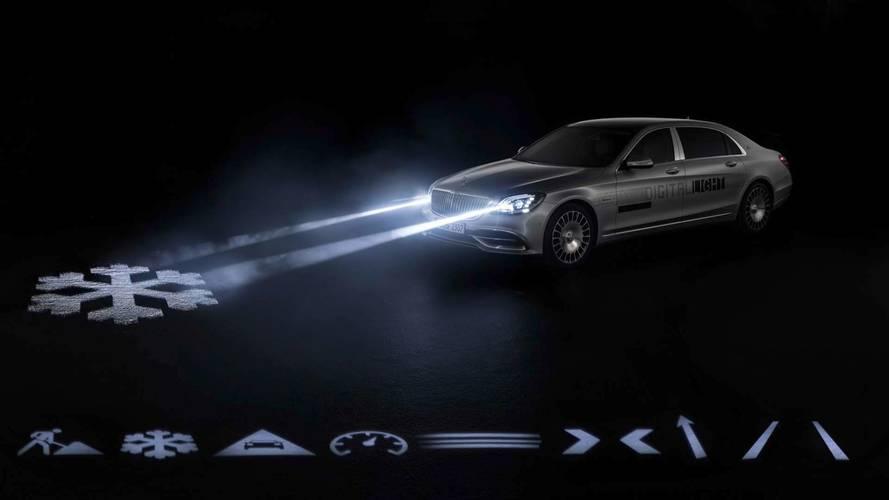 Yeni Mercedes-Maybach farları yola uyarı yansıtabiliyor