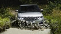 2018 Range Rover P400e PHEV Off Road Front Dynamic