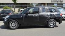 Alfa Romeo SUV spy photo
