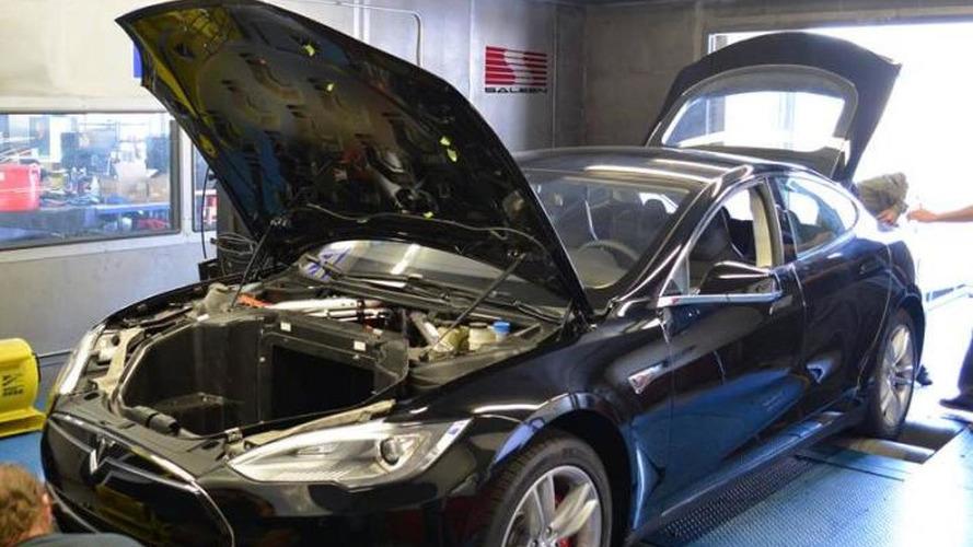 Saleen Foursixteen headed to Pebble Beach, is based on the Tesla Model S