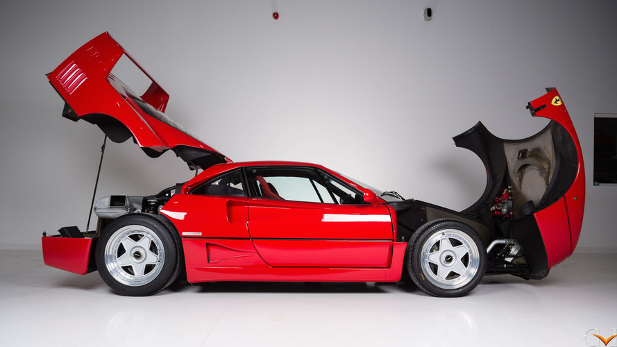 A Ferrari F40 de Eric Clapton vai a leilão