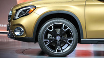 2018 Mercedes-Benz GLA: Detroit 2017