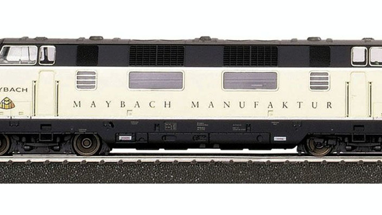 Limited-edition Maybach transporter model train