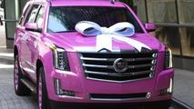 Football quarterback Teddy Bridgewater buys his mom a pink 2015 Cadillac Escalade
