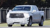 2019 Chevrolet Silverado spy photos