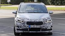 Makyajlı 2018 BMW 2 Serisi Gran Tourer casus fotoğrafları