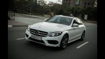 Mercedes C200 passa por recall no Brasil por falha no cinto de segurança