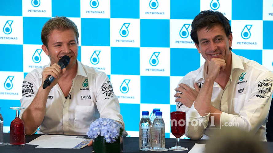 Rosberg says he was too scared to tell Wolff face-to-face about retirement