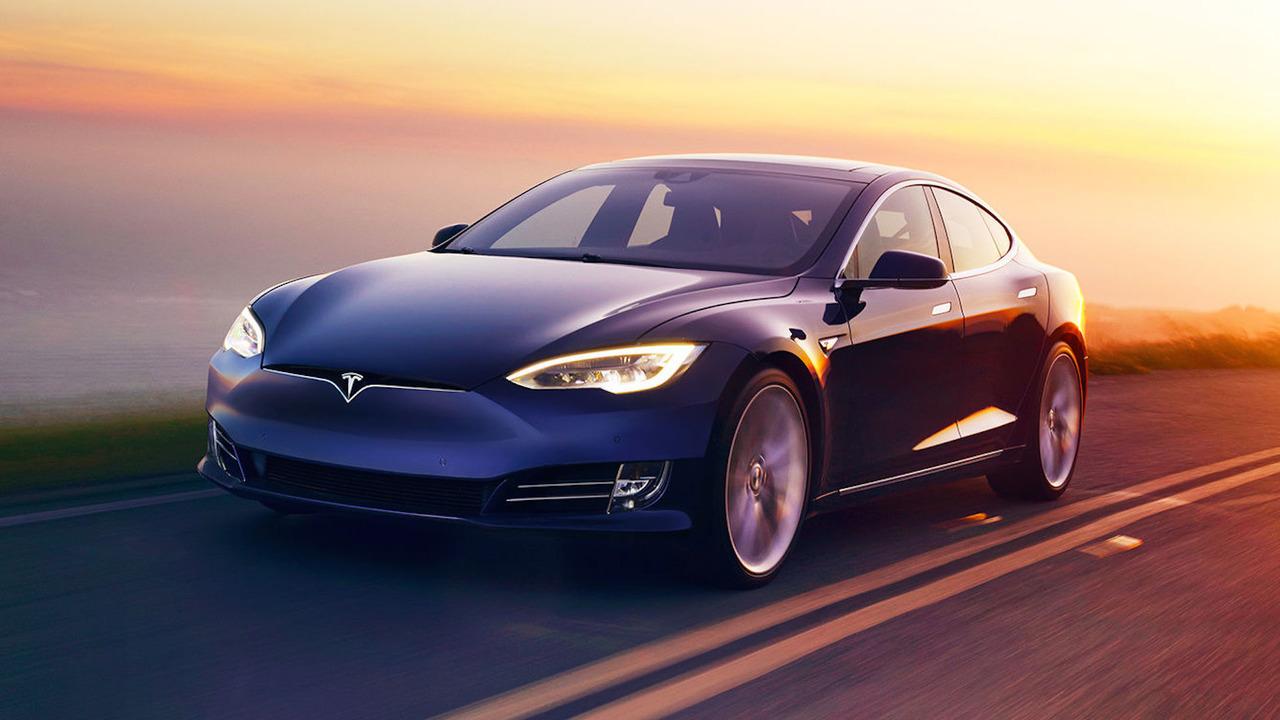 2016 Tesla Model S güncelleme