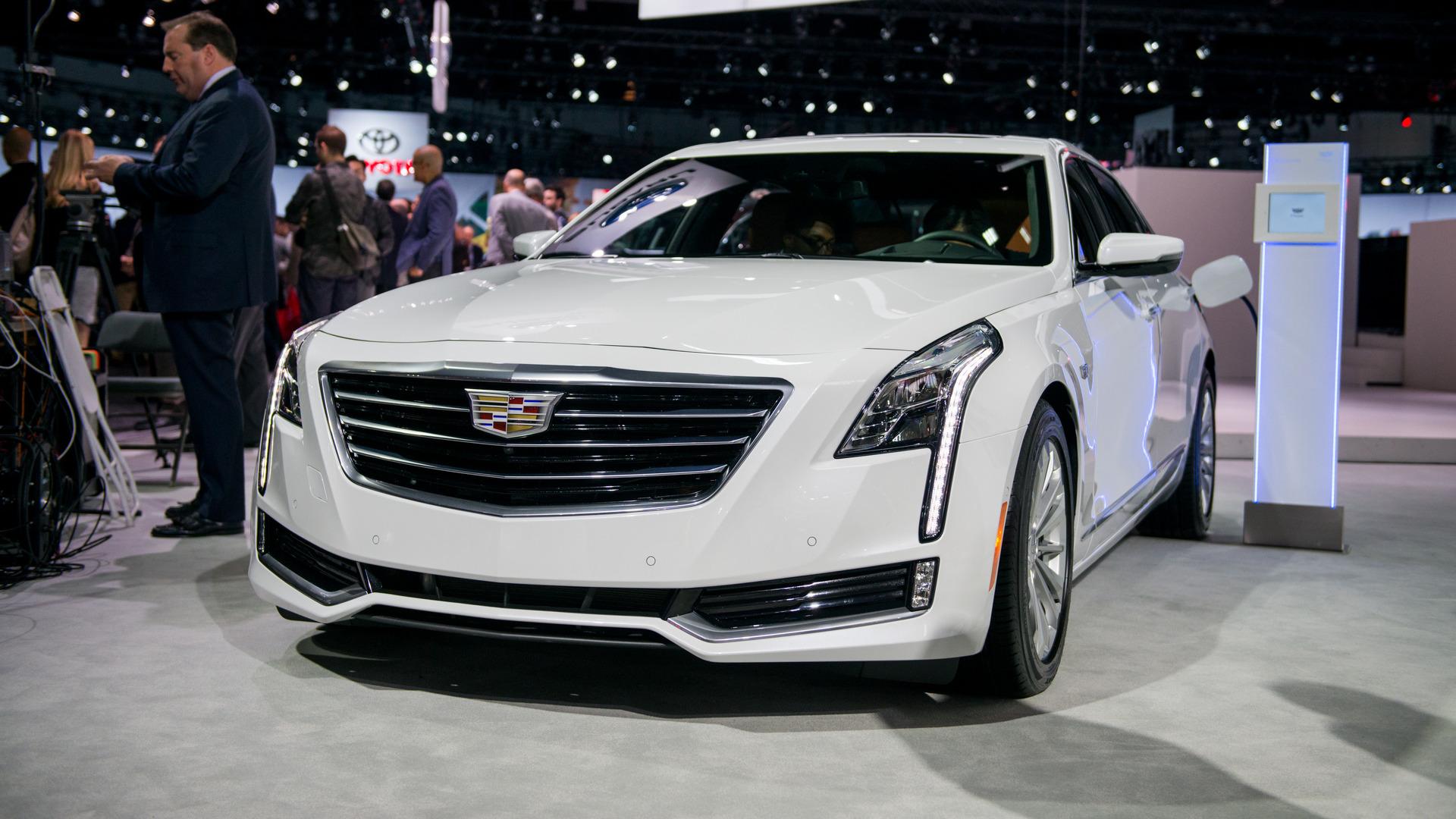 2017 Cadillac Ct6 2.0 L Turbo Luxury >> Los Angeles 2016 - La Cadillac CT6 passe à l'hybride