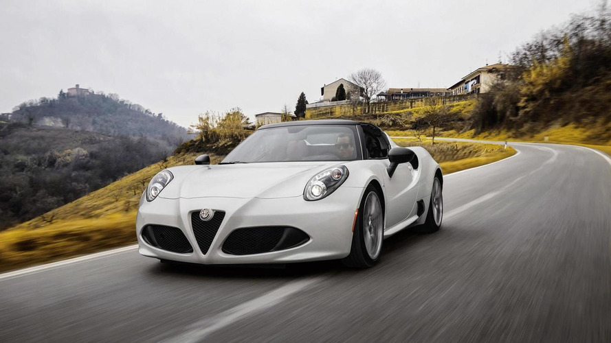 Alfa Romeo 4C Spider goes up for order in the U.K.