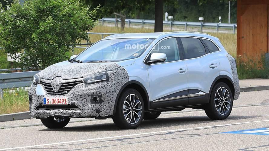 Makyajlı 2019 Renault Kadjar yine kamuflajlı olarak görüntülendi