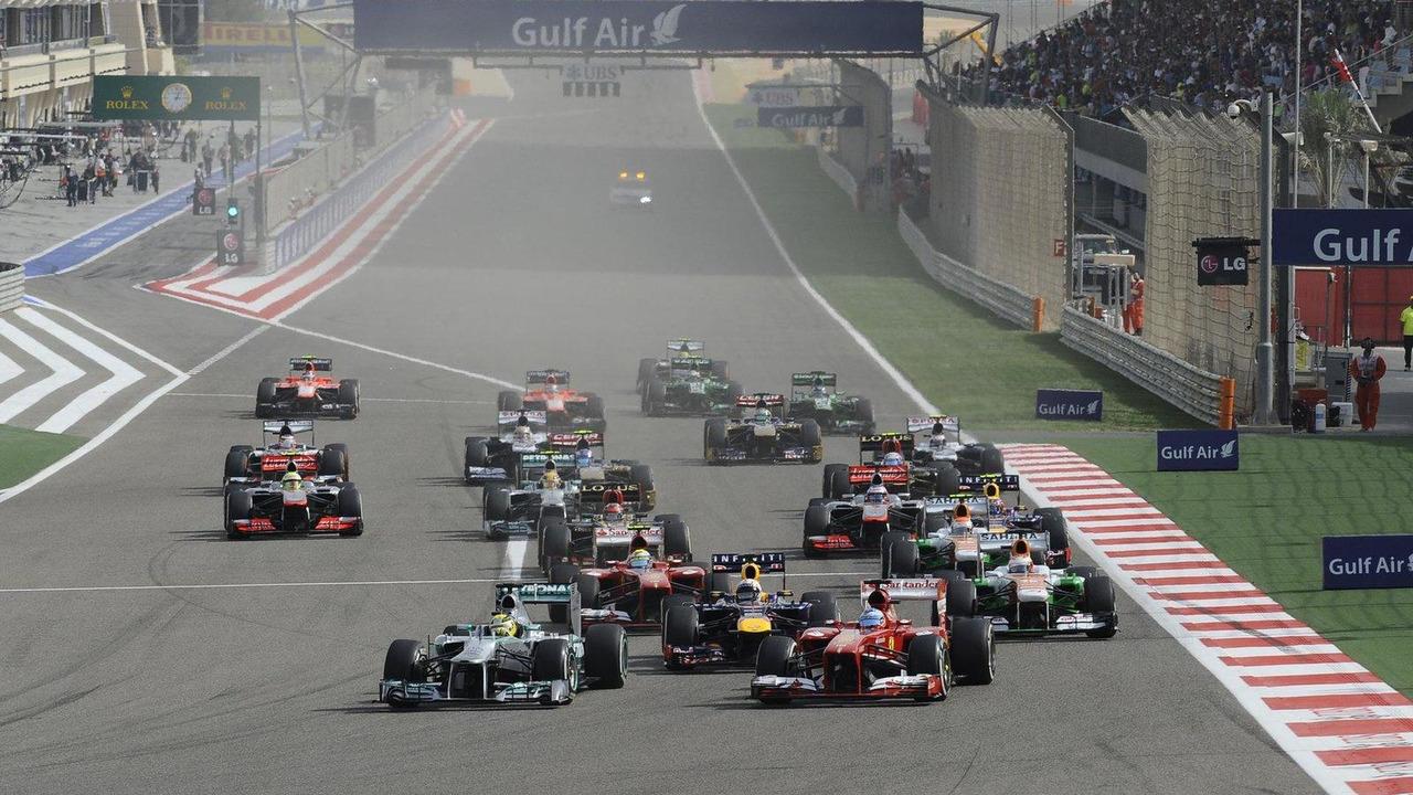 2013 Bahrain Grand Prix race start