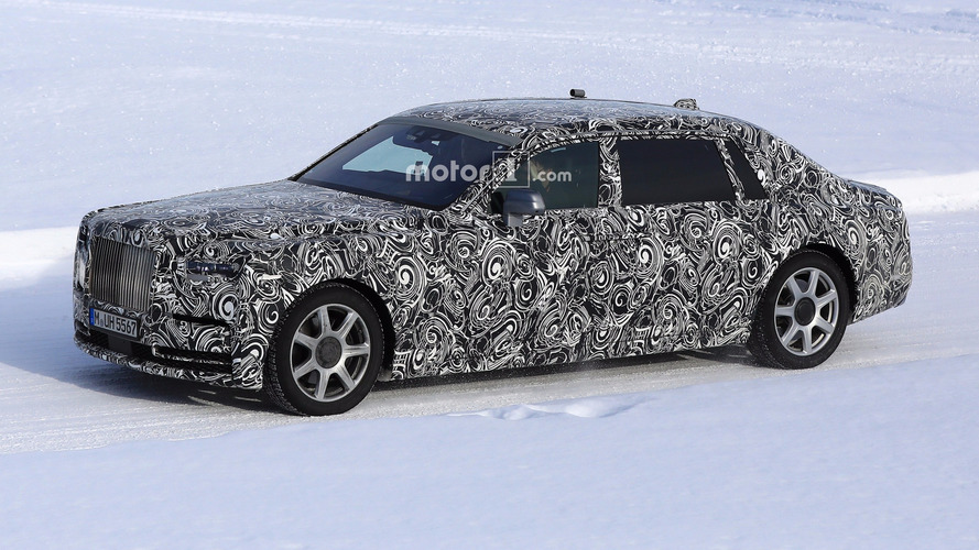 2018 Rolls-Royce Phantom Extended Wheelbase spied with less camo