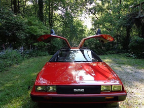 Dealer-Painted 'Ferrari Red' DeLorean DMC-12 Shows Up on eBay
