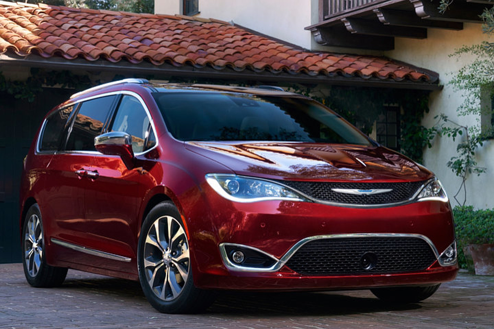 minivan sleek all the gallery pacifica chrysler introducing new home a