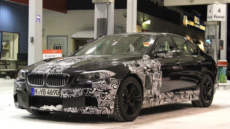 Next BMW M5 spied at the pump