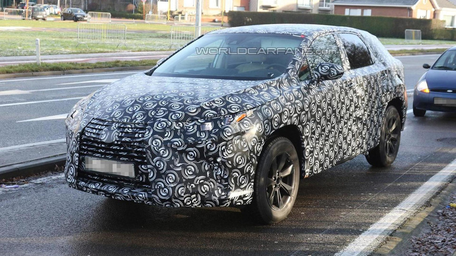 Next generation Lexus RX spied for the first time