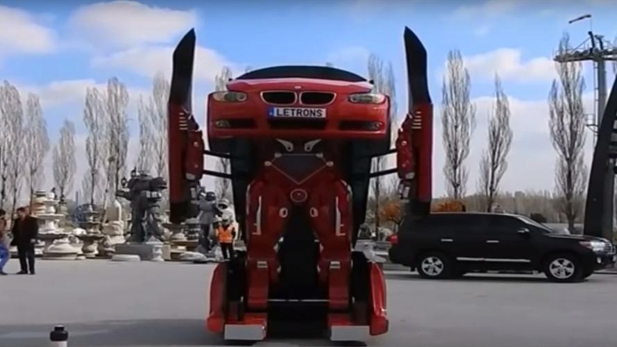 Vidéo - Il convertit une BMW Série 3 en un véritable Transformers