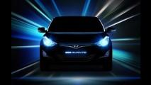 Hyundai Elantra reestilizado aparece em primeiros teasers