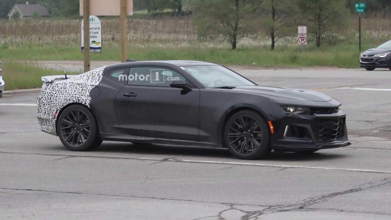 Entire 2019 Camaro Lineup Spied Including New Zl1 51 Photos
