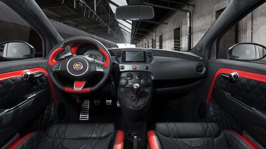 Pogea Racing's Fiat 500 Abarth Packs 405 HP Into Carbon Fiber Wide on fiat croma, fiat convertible, fiat linea, fiat models, fiat 126p, fiat 500e, fiat 500c, fiat palio, fiat ducato, fiat hatchback, fiat cinquecento, fiat doblo, fiat seicento,