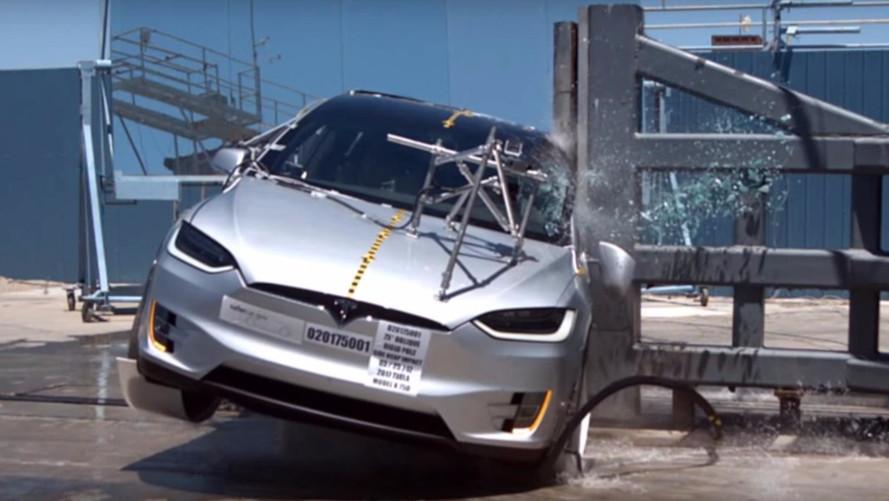 Crash-test - 5 étoiles pour le Tesla Model X aux États-Unis
