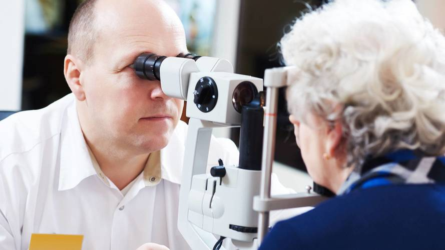 Campaigners want stricter eye tests for drivers